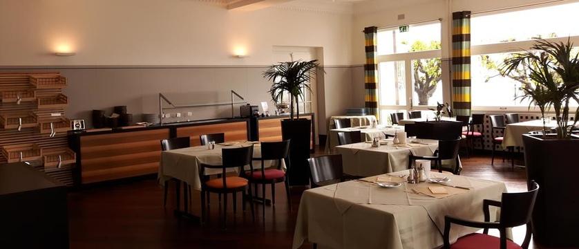 Restaurant.jpg